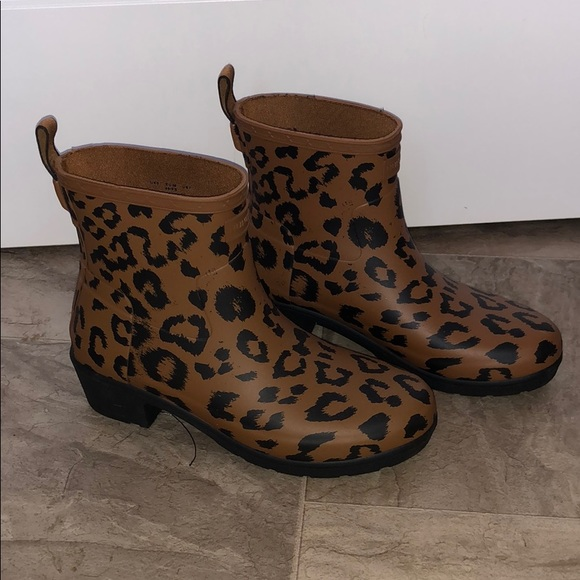 fd9bba6430fd Hunter Shoes   Nwot Rare Leopard Boots   Poshmark